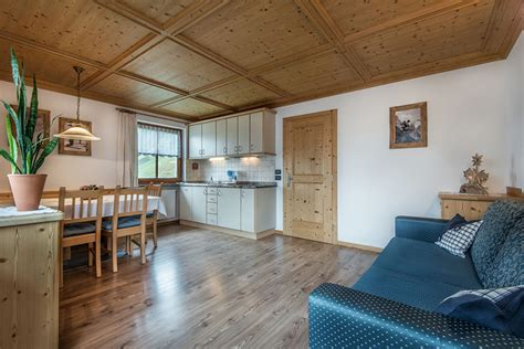 appartamenti corvara appartamento sali 235 ta per 7 a 9 persone apartments col da