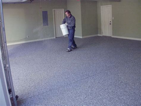 how to apply epoxy garage floor coating
