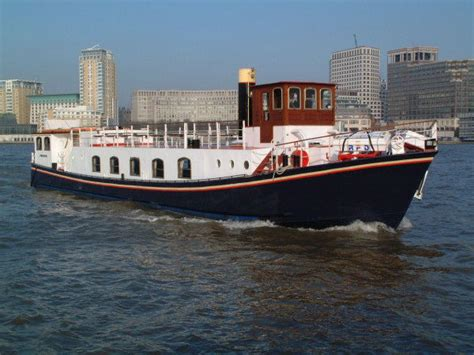 river thames boat and meal belle epoque boat river thames boat hire london