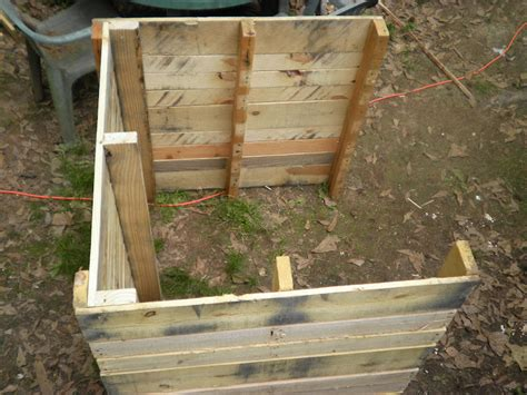 diy duck house plans 1000 images about eco houses on pinterest shipping pallets outdoor pallet and