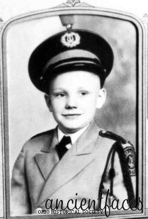 neil alden armstrong biography essay neil alden armstrong at 10 years old vintage photographs