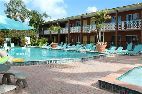2 bedroom suites in cocoa beach wakulla suites cocoa beach fl family owned nostalgia