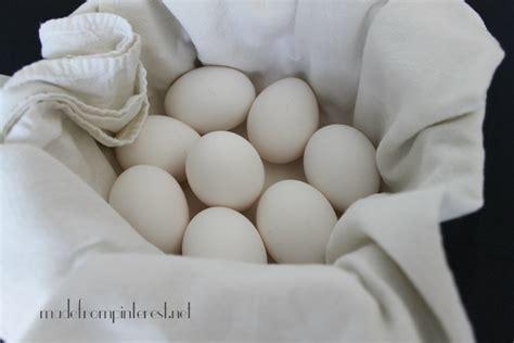 clean white cotton no cracks easy peel boiled eggs
