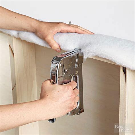 como tapizar un cabecero de cama c 243 mo tapizar el cabecero de la cama con volantes gu 237 a de