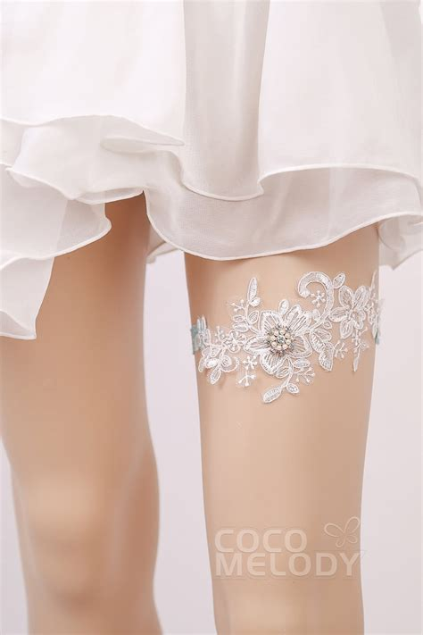 cocomelody lace wedding garter with and pearls