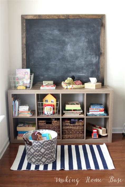 in the living room script managing organization without a playroom
