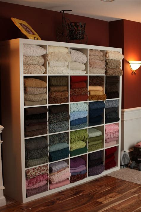 Blanket Storage Ideas | blanket storage ideas woodworking projects plans