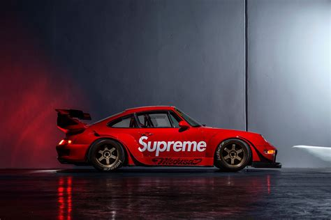 porsche rwb supreme 這台 supreme x porsche 911 應該是每個潮人的夢想車款吧 overdope 華人首席線上
