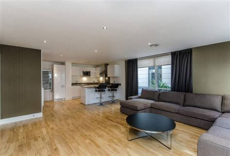 3 bedroom apartments london 3 bed apartment to rent dowells street london se10 9fs