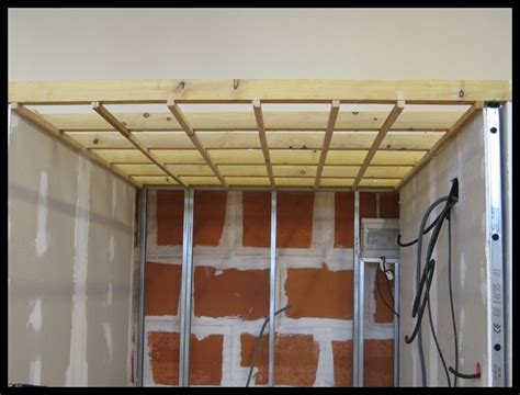 Pose Lame Pvc Plafond 2585 by Plafond En Lambris Pvc 171 Ch Professionnel Habitat