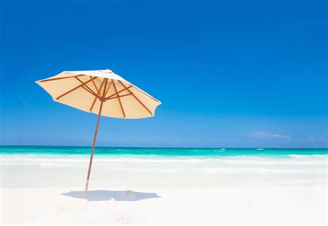 Sun Umbrella Beach   The best beaches in the world
