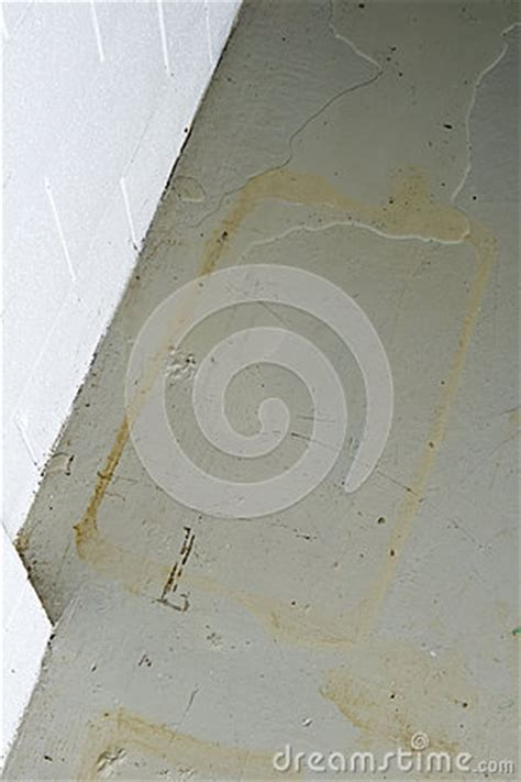 Water Seeping Through Basement Floor by Basement Water Seepage Thru Foundation Stock Photography