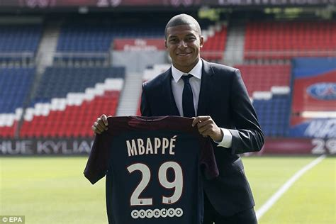 kylian mbappe debut kylian mbappe ready to make psg debut at metz daily mail