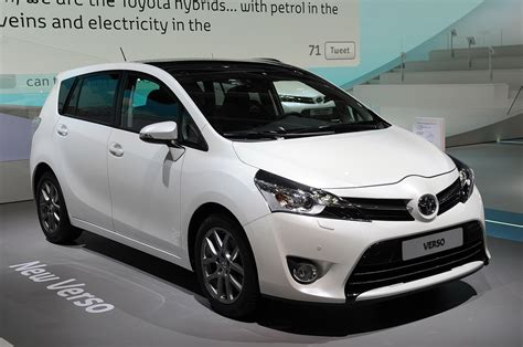 Toyota Verso 2012 Price Toyota Debuts 2013 Verso With A New Nose And High Hopes
