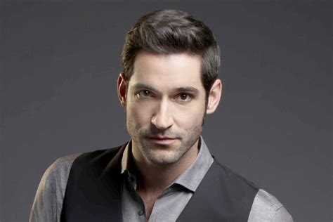 in a taxi with actor tom ellis daily mail online tom ellis hits his devilish stride as lucifer plus more