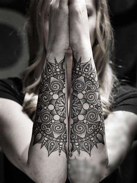 tattoo mandala wings 232 best images about tattoos i like on pinterest henna