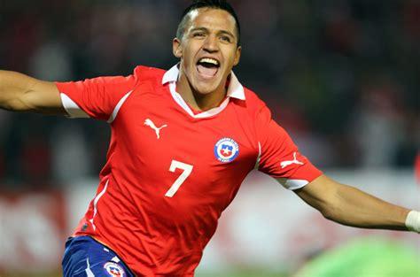 alexis sanchez kooora إستفتاء لإختيار أفضل لاعب لاتيني أمريكي في عام 2016