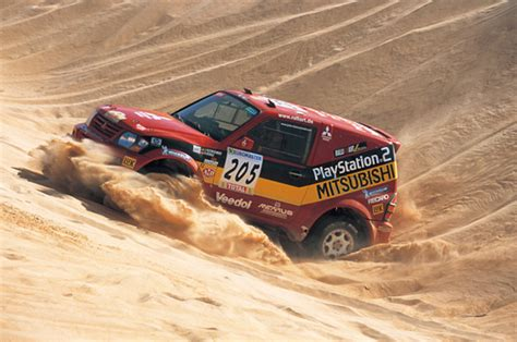 Kaos Rally Dakar Mitsubishi Pajero mitsubishi pajero 3g all racing cars