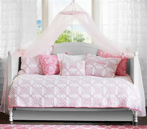 day beds for kids the perfect daybed for kids home considerations
