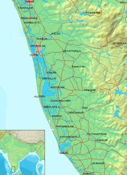 1325243752 backwaters du kerala a backwaters of kerala paradise holidays cochin
