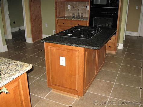 Countertop Receptacle by 210 52 C Countertops