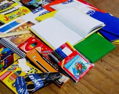imagenes de niños y utiles escolares kit escolar utiles escolares 2017 19 990 en mercado libre