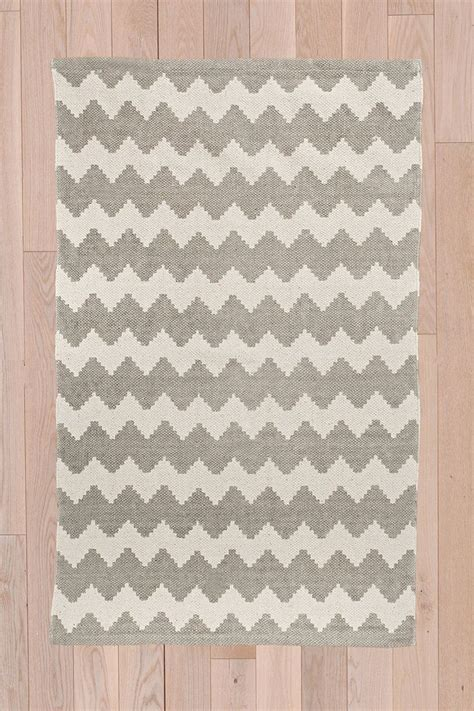 rug 2x3 zig zag 2x3 rug in grey nursery