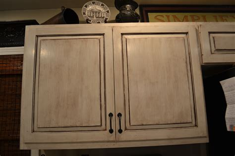 white cabinets with glazing how to glazing cabinets