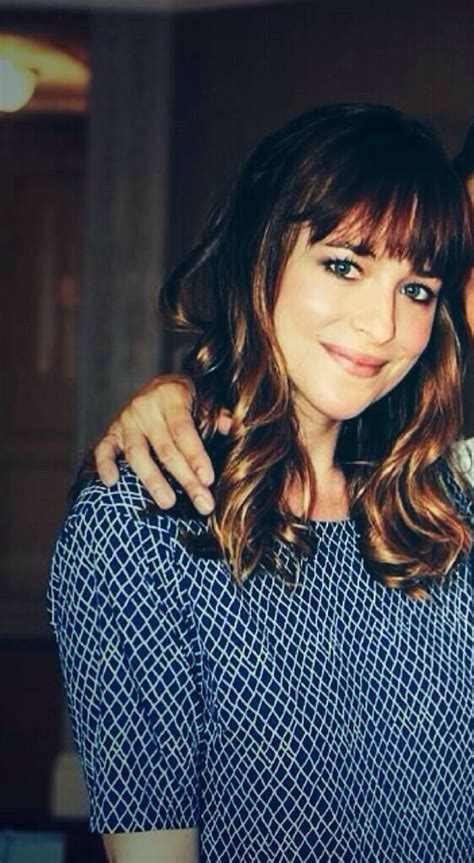 dakota johnson bangs haircut like dakota johnson hairstyle gallery