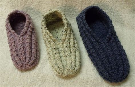 basic knit slipper pattern easy to knit slippers knitted slippers pinterest