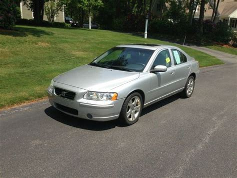 2007 volvo s60 2 5t sedan 4d pictures and videos kelley blue book purchase used 2007 volvo s60 2 5t sedan 4 door 2 5l in sandwich massachusetts united states