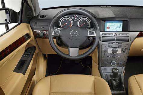 Breaking Caravan Interior by Astra H Przed I Po Liftingu Por 243 Wnanie Opel Dixi Car