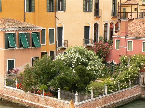 Cp Venesia Toska ein romantischer garten im herzen venedigs altstadt