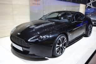 Top Of The Range Aston Martin Aston Martin V12 Vantage Carbon Black 3automotive