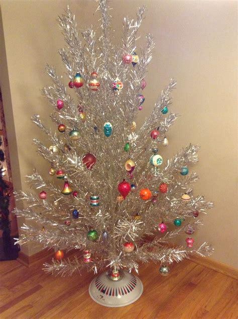 vintage christmas vintage aluminum tree holidays pinterest