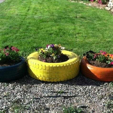 tire planters that s crafty