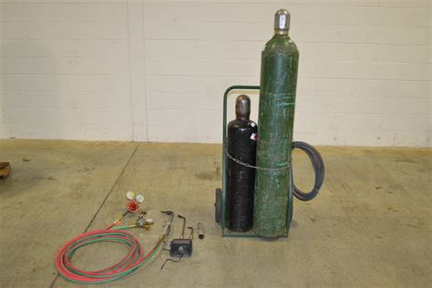 Oxygen Acetylene Cylinders Quality Oxygen Acetylene Cylinders For Sale Oxygen Acetylene Professional Torch And Tanks The Equipment Hub