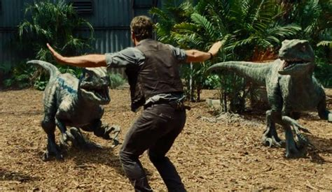 judul film dinosaurus 2015 daftar dinosaurus di jurassic world 2015