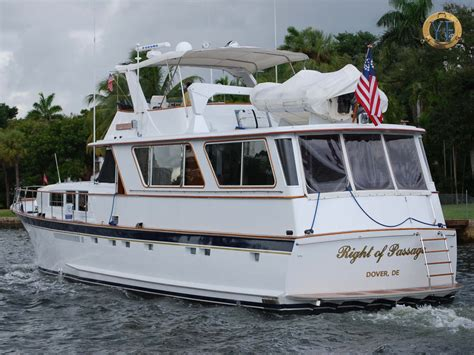 craft with wallpaper sles chris craft yacht wallpapers chris craft roamer yacht