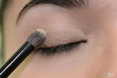 how to makeup eyes for women 70 apply eye makeup for women over 50 wikihow beauty and