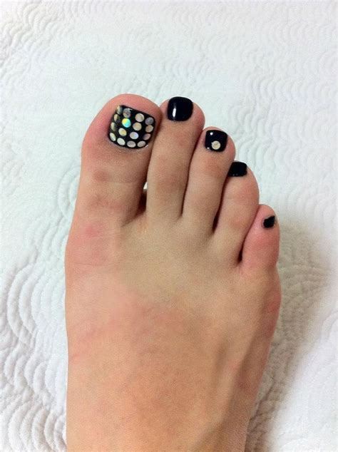toe nail for new year 1000 images about new year toe nails on disco