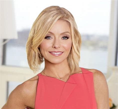krlly tipa have thick hair kelly ripa to be honored at glaadawards in nyc anderson