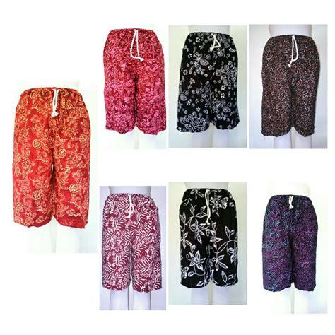 Celana Batik Zr jual celana pendek batik bali wanita celana pendek batik