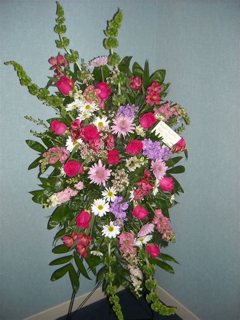 funeral arrangements berry patch floral
