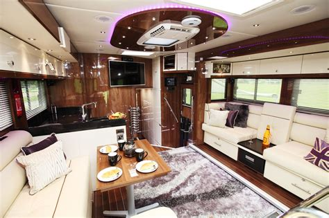 Home Interiors Horse Pictures by If Carlsberg Made Horseboxes Pictures Horse Amp Hound