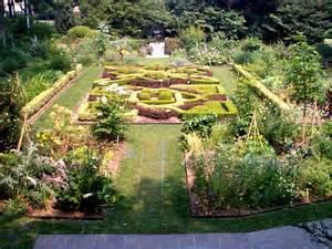 Bk Botanical Garden Rosemary S Sler Knot Gardens
