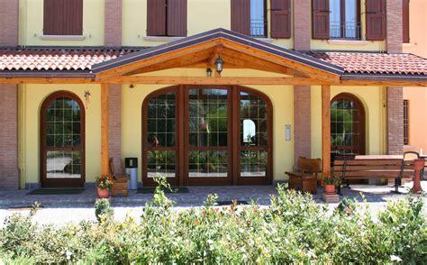 porte per interni bologna realizzazione infissi e serramenti per interni ed esterni