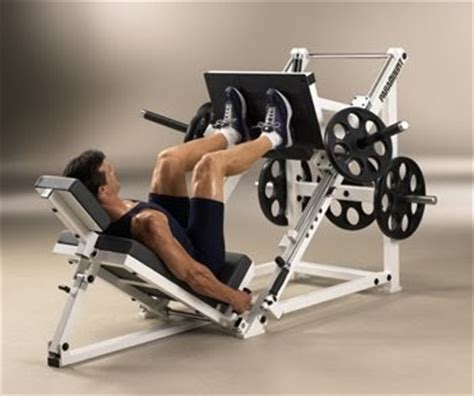 bench press eccentric phase eccentric benefits omaha personal trainer black clover