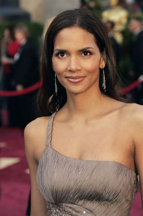 Halle Berry Talks About Attempt To Kill Herself by 64 Best 77th Academy Awards Images On Academy