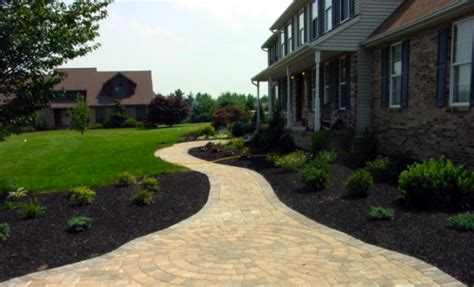 mulch bed mulch bed ideas 28 images 20 best ideas about rock
